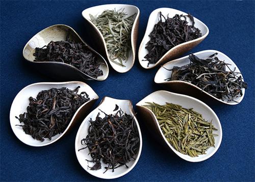 چای سیاه و چای سبز فله
