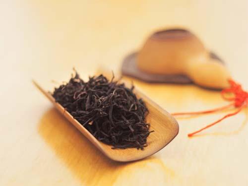 چای سیاه قلم